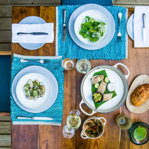 Vibrant meals in a vibrant setting on North Island