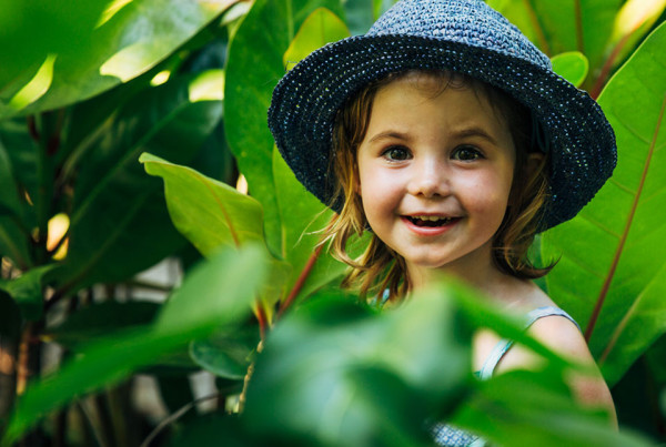 Children fascinated by the great out doors on North Island