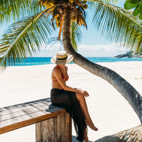 2019-north-island-villa-north-island-girl-and-palm