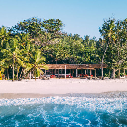 2019-north-island-most-exclusive-beach-bar-1
