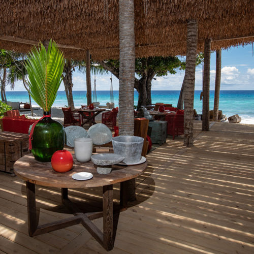 2019-north-island-most-exclusive-beach-bar-14