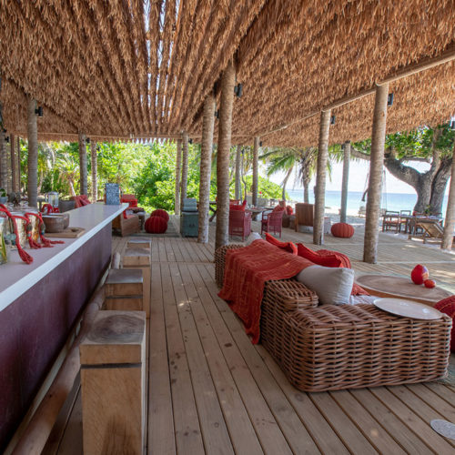 2019-north-island-most-exclusive-beach-bar-9