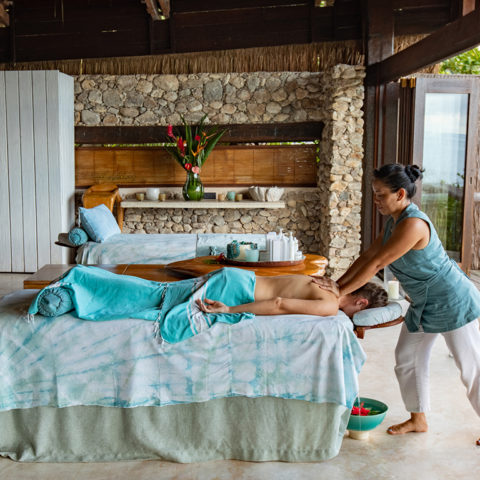 2019-north-island-spa-and-gym-neck-massage